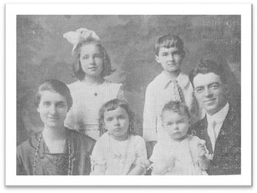 Rev. Paul E. Holdcraft and Family 1916-1920